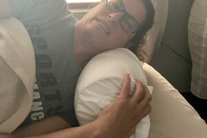 3 Ways To Mitigate Shoulder Pain While Sleeping